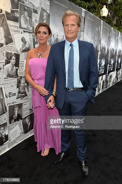 Actor Jeff Daniels and wife Kathleen Treado arrive for the premiere of HBO's The Newsroom Season 2 at Paramount Theater on the Paramount Studios lot...