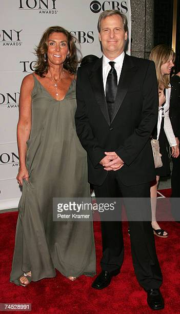 Actor Jeff Daniels and wife Kathleen Treado attend the 61st Annual Tony Awards at Radio City Music Hall on June 10 2007 in New York City