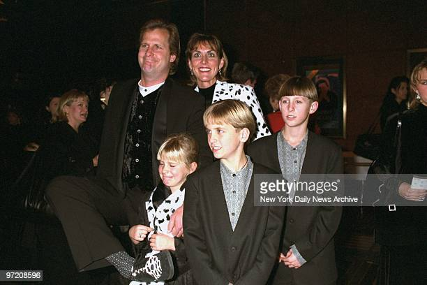 Actor Jeff Daniels arrives with his wife Kathleen and children Ben Lucas and Nellie for premiere of the movie 101 Dalmatians Sing Along at Radio City...
