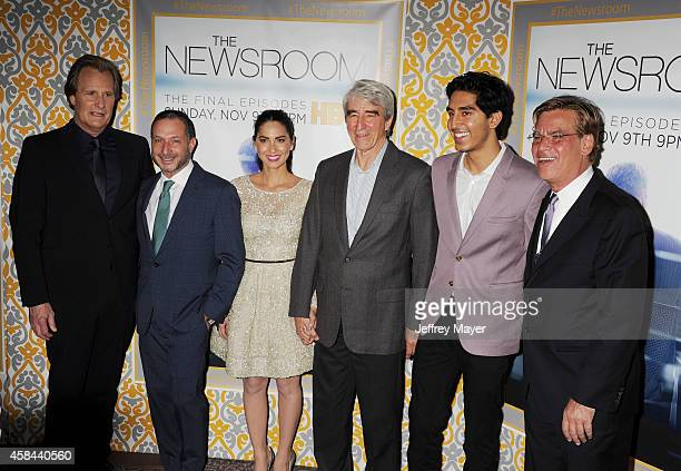 Actor Jeff Daniels executive producer Alan Poul actors Olivia Munn Sam Waterston Dev Patel and creator/executive producer Aaron Sorkin attend the Los...