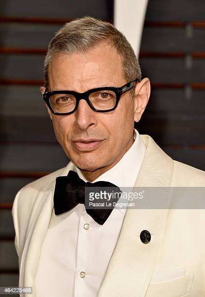 Actor Jeff Goldblum attends the 2015 Vanity Fair Oscar Party hosted by Graydon Carter at Wallis Annenberg Center for the Performing Arts on February...