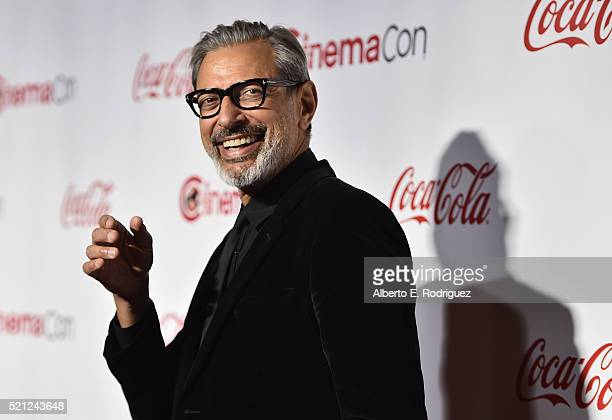 Actor Jeff Goldblum recipient of the Ensemble of the Universe Award for 'Independence Day Resurgence' attends the CinemaCon Big Screen Achievement...
