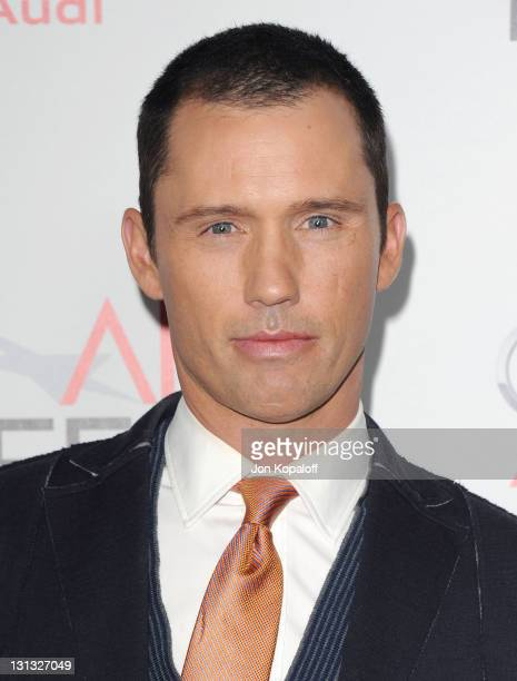 Actor Jeffrey Donovan arrives at the 2011 AFI FEST Opening Night Gala J Edgar Premiere at Grauman's Chinese Theatre on November 3 2011 in Hollywood...