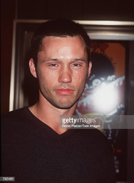 Actor Jeffrey Donovan 'Blair Witch Project II' arrives at the premiere 'Bamboozled' at The Ziegfeld Theatre October 2 2000 in New York City