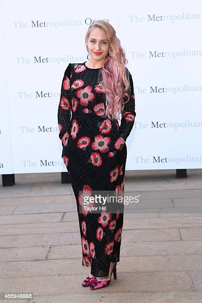 Actor Jemima Kirke attends the season opening performace of The Marriage of Figaro at The Metropolitan Opera House on September 22 2014 in New York...