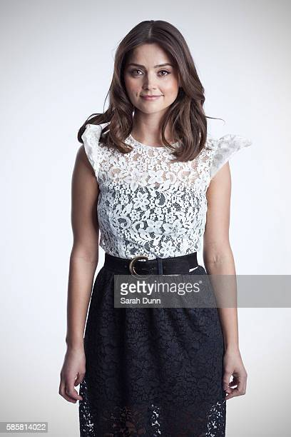 jenna louise coleman photos et images de collection