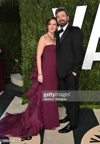 Actor Jennifer Garner and director Ben Affleck arrive at the 2013 Vanity Fair Oscar Party hosted by Graydon Carter at Sunset Tower on February 24...