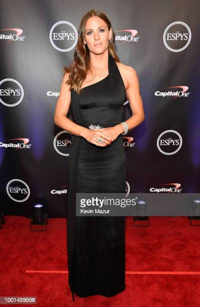 Camryn Kelly recipient of the Jimmy V Award for Perseverance Jim Kelly and Erin Kelly pose during The 2018 ESPYS at Microsoft Theater on July 18 2018...
