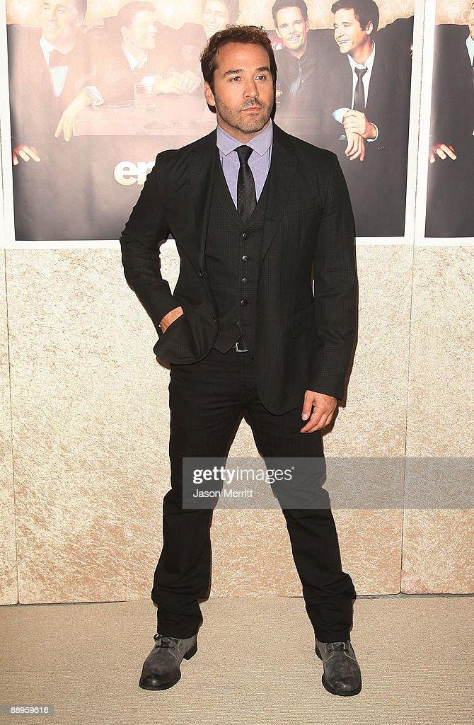 """Premiere Of HBO's """"Entourage"""" Season 6 - Arrivals : News Photo"""