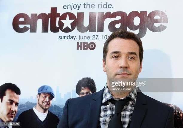 Actor Jeremy Piven attends the season 7 premiere of HBO's Entourage at Paramount Studios on June 16 2010 in Los Angeles California