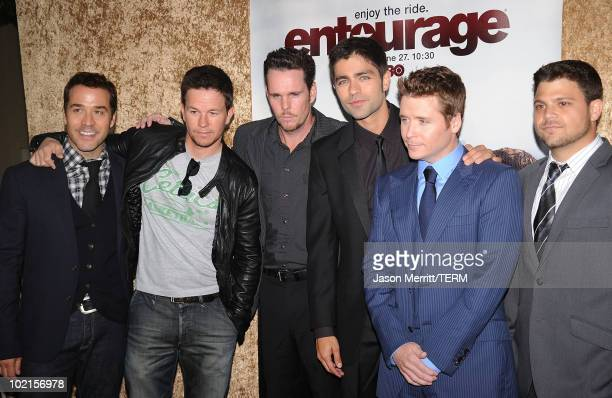 Actor Jeremy Piven producer Mark Wahlber actor Kevin Dillon actor Kevin Connolly actor Jerry Ferrara and actor Adrian Grenier arrive at HBO's...