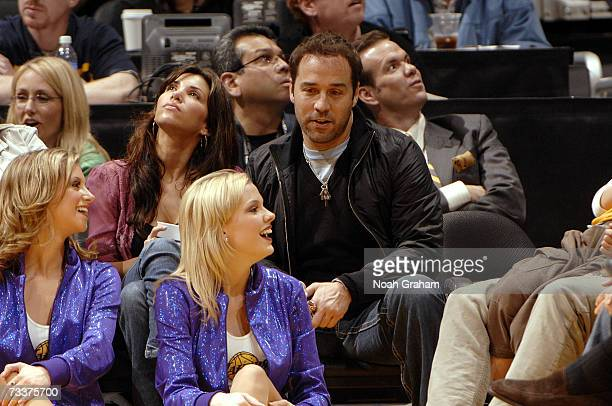 Actor Jeremy Piven sits courtside during the NBA game between the Charlotte Bobcats and the Los Angeles Lakers on January 26 2007 at Staples Center...