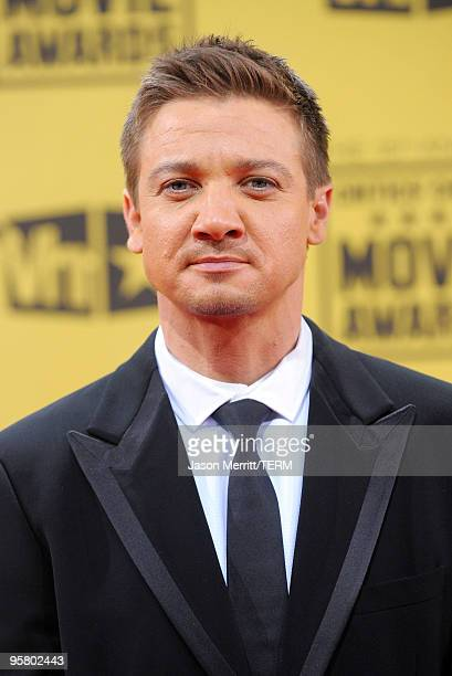 Actor Jeremy Renner arrives at the 15th annual Critics' Choice Movie Awards held at the Hollywood Palladium on January 15 2010 in Hollywood California
