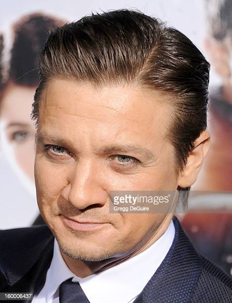 Actor Jeremy Renner arrives at the 'Hansel Gretel Witch Hunters' Los Angeles premiere at TCL Chinese Theatre on January 24 2013 in Hollywood...