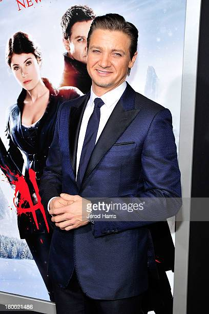 Actor Jeremy Renner arrives at the Los Angeles Premiere of 'Hansel Gretel Witch Hunters' at TCL Chinese Theatre on January 24 2013 in Hollywood...