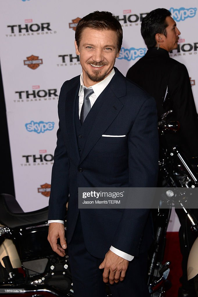 Actor Jeremy Renner arrives at the premiere of Marvel's 'Thor: The Dark World' at the El Capitan Theatre on November 4, 2013 in Hollywood, California.