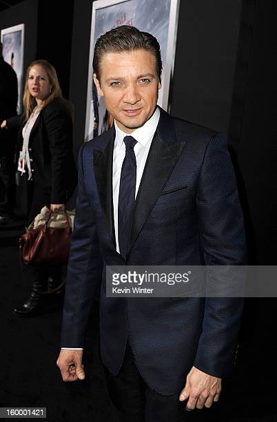 Actor Jeremy Renner arrives for the Los Angeles premiere of Paramount Pictures' 'Hansel And Gretel Witch Hunters' at TCL Chinese Theatre on January...