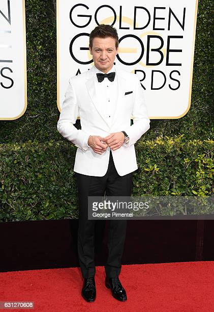 Actor Jeremy Renner attends the 74th Annual Golden Globe Awards held at The Beverly Hilton Hotel on January 8 2017 in Beverly Hills California