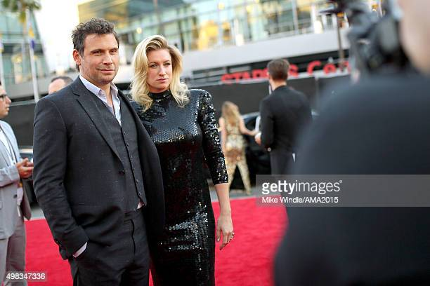 Actor Jeremy Sisto and actress Addie Lane attend the 2015 American Music Awards at Microsoft Theater on November 22 2015 in Los Angeles California