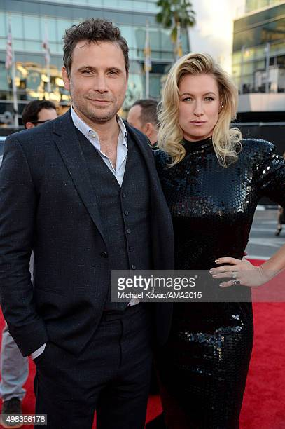 Actor Jeremy Sisto and Addie Lane attend the 2015 American Music Awards red carpet arrivals sponsored by FIAT 500X at LA Live on November 22 2015 in...