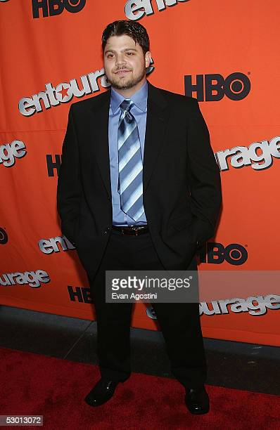 """Actor Jerry Ferrara attends a premiere screening of the second season of HBO's """"Entourage"""" at Lincoln Center Damrosch Park June 2, 2005 in New York..."""