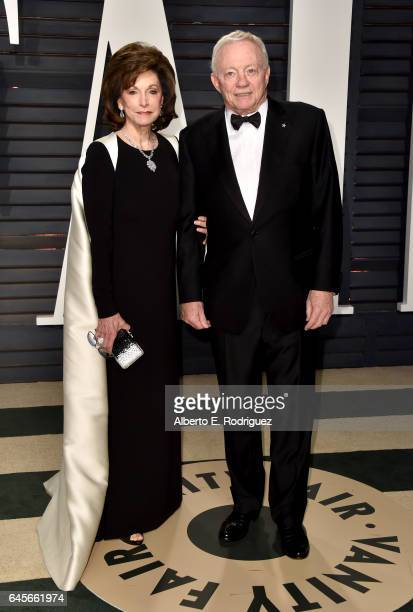 Actor Jerry Jones and Eugenia Jones attends the 2017 Vanity Fair Oscar Party hosted by Graydon Carter at Wallis Annenberg Center for the Performing...