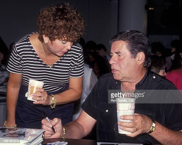 Actor Jerry Lewis and wife Sandee Lewis attend Software Dealers Association Convention on July 25 1994 at the Las Vegas Convention Center in Las...