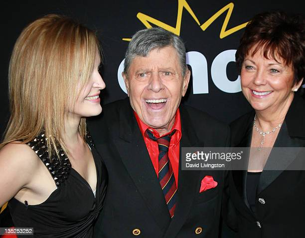 Actor Jerry Lewis daughter Danielle Sarah Lewis and wife SanDee Pitnick attend the premiere of Encore's Method to the Madness of Jerry Lewis at...
