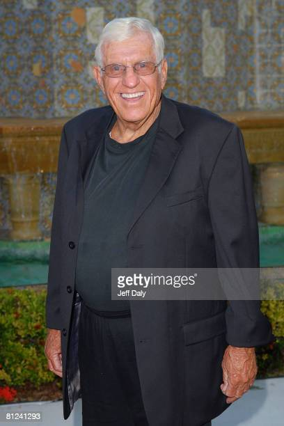 Actor Jerry Van Dyke attends the Chris Evert/Raymond James Pro Celebrity tennis classic cocktail reception and silent auction on November 02 2007 in...