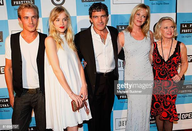 Actor Jesse Johnson actress Dakota Johnson actor Antonio Banderas actress Melanie Griffith and actress Tippi Hedren arrive at the 2008 Los Angeles...