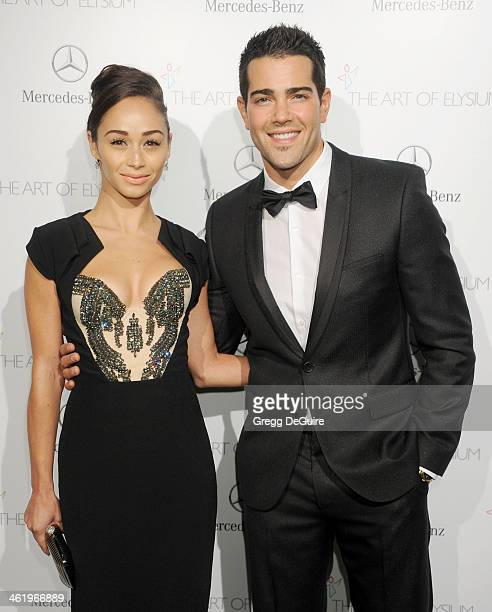 Actor Jesse Metcalfe and Cara Santana arrive at The Art of Elysium's 7th Annual HEAVEN Gala at the Guerin Pavilion at the Skirball Cultural Center on...