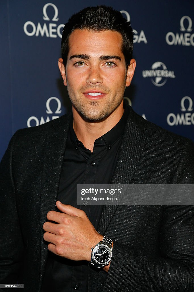 Actor Jesse Metcalfe attends the premiere of 'Planet Ocean' at Pacific Design Center on April 18, 2013 in West Hollywood, California.