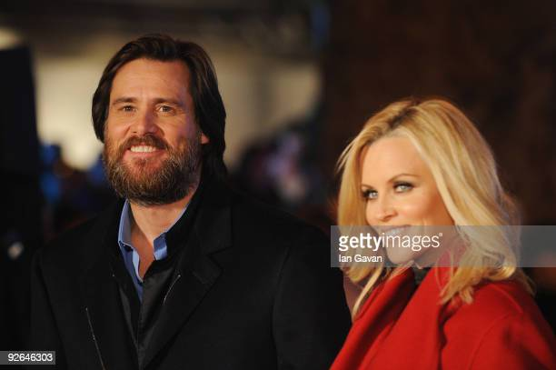 Actor Jim Carrey and Jenny McCarthy arrive for the World Film Premiere of Disney's 'A Christmas Carol' at the Odeon Leicester Square on November 3,...