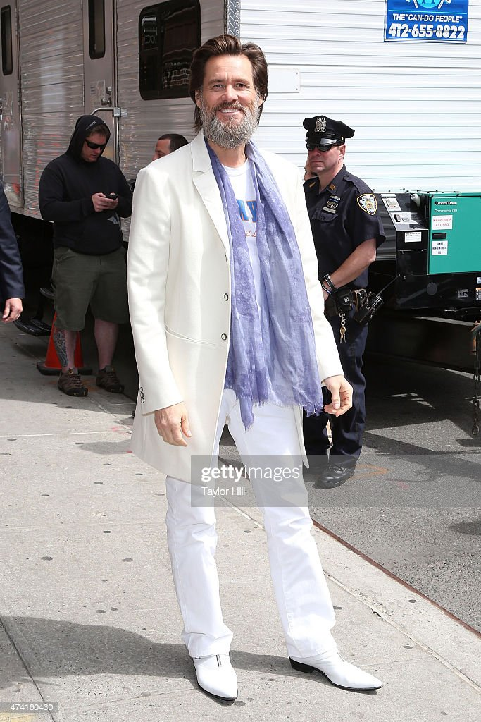 Actor Jim Carrey arrives at 'Late Show with David Letterman' at Ed Sullivan Theater on May 20, 2015 in New York City.