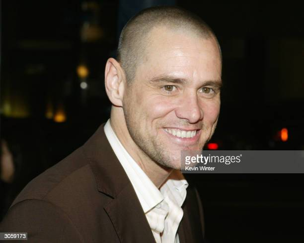 Actor Jim Carrey attends the movie premiere of Eternal Sunshine of the Spotless Mind on March 9 2004 at the Samuel Goldwyn Theater at the Academy of...