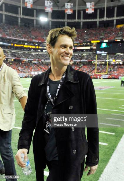 Actor Jim Carrey attends The New England Patriots vs. Atlanta Falcons game at the Georgia Dome on September 29, 2013 in Atlanta, Georgia.