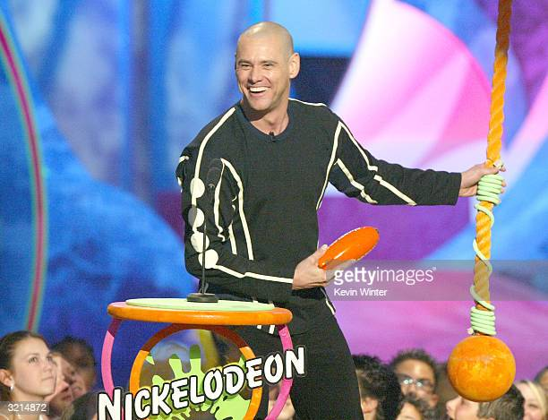 Actor Jim Carrey wins Favorite Male Movie Star at Nickelodeon's 17th Annual Kids' Choice Awards at Pauley Pavilion on the campus of UCLA April 3 2004...