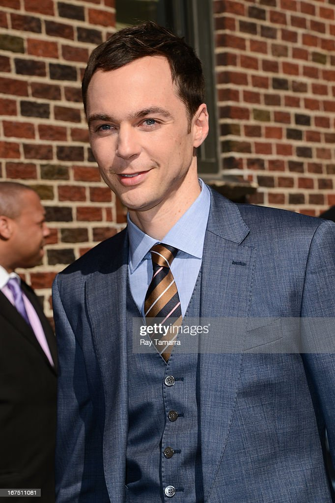 Actor Jim Parsons leaves the 'Late Show With David Letterman' taping at the Ed Sullivan Theater on April 25, 2013 in New York City.