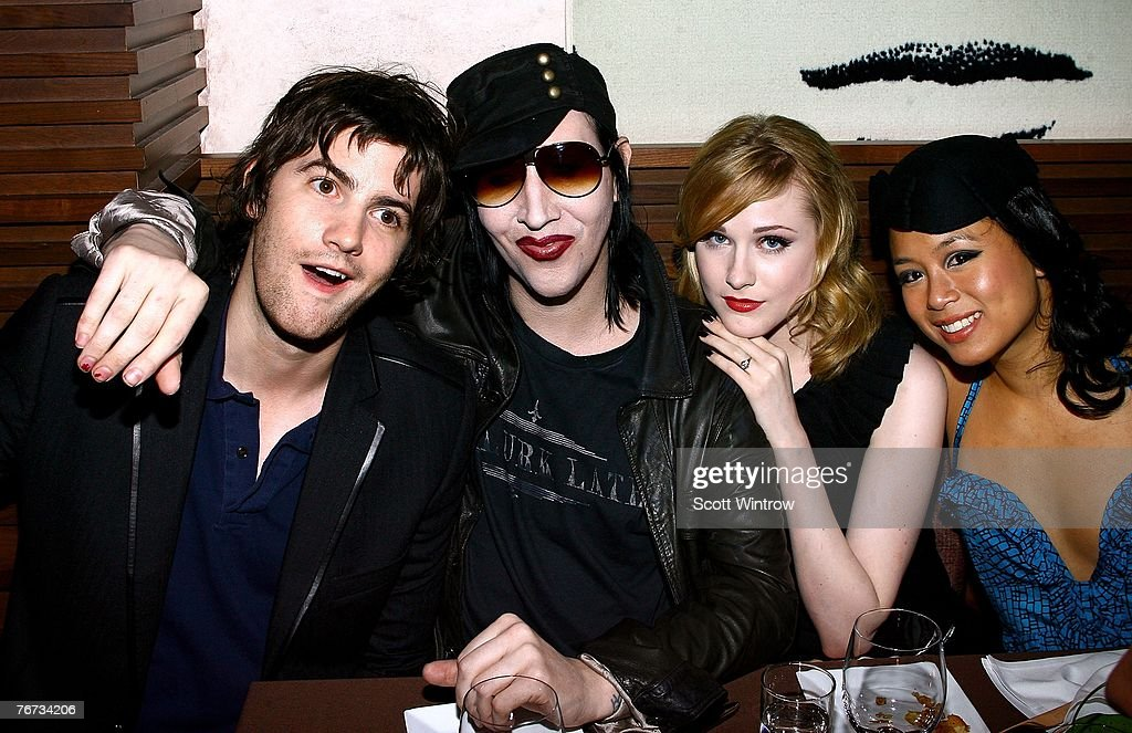 """Special Screening Of """"Across The Universe"""" - After Party : News Photo"""