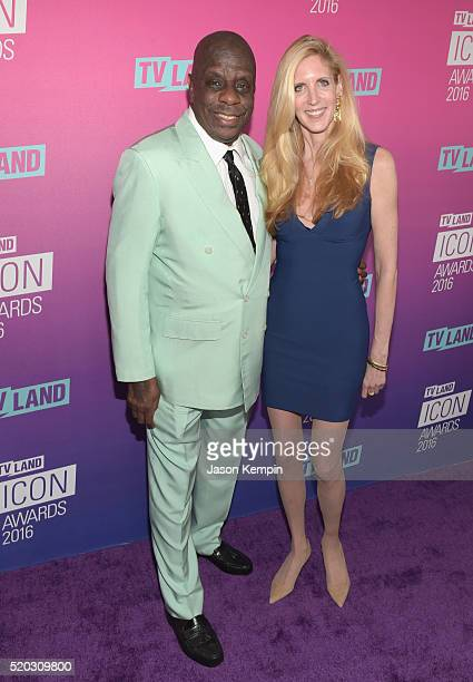 60 Top Jimmie Walker Actor Pictures Photos Images Getty Images