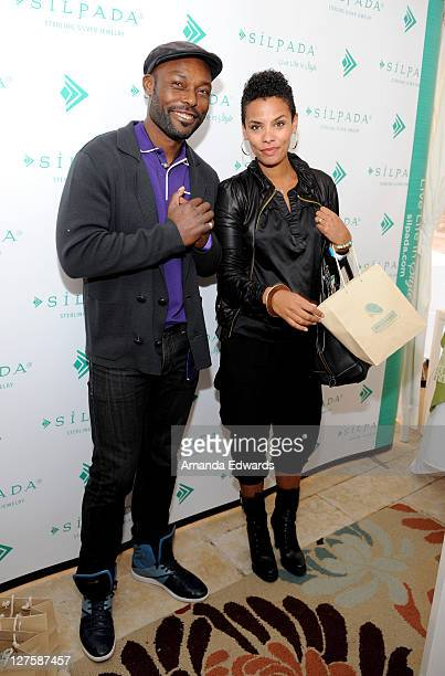Actor Jimmy JeanLouis and wife Evelyn attend Silpada at Kari Feinstein's Academy Awards Style Lounge at Montage Beverly Hills on February 24 2011 in...