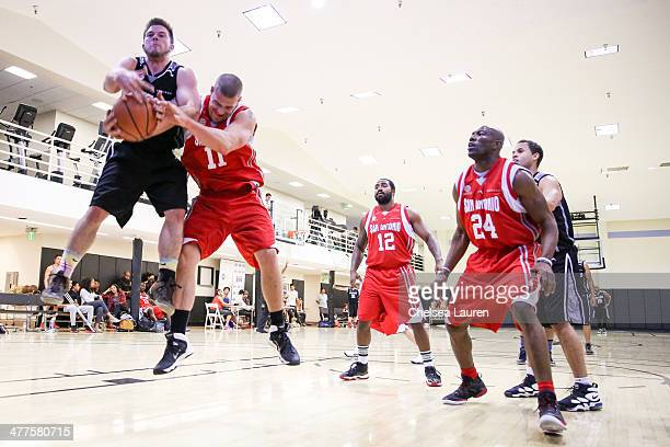 Actor Jimmy Tatro actor Greg Finley producer Daouda Leonard NFL player Terrell Owens and actor Cory Hardrict attend the ELeague celebrity basketball...