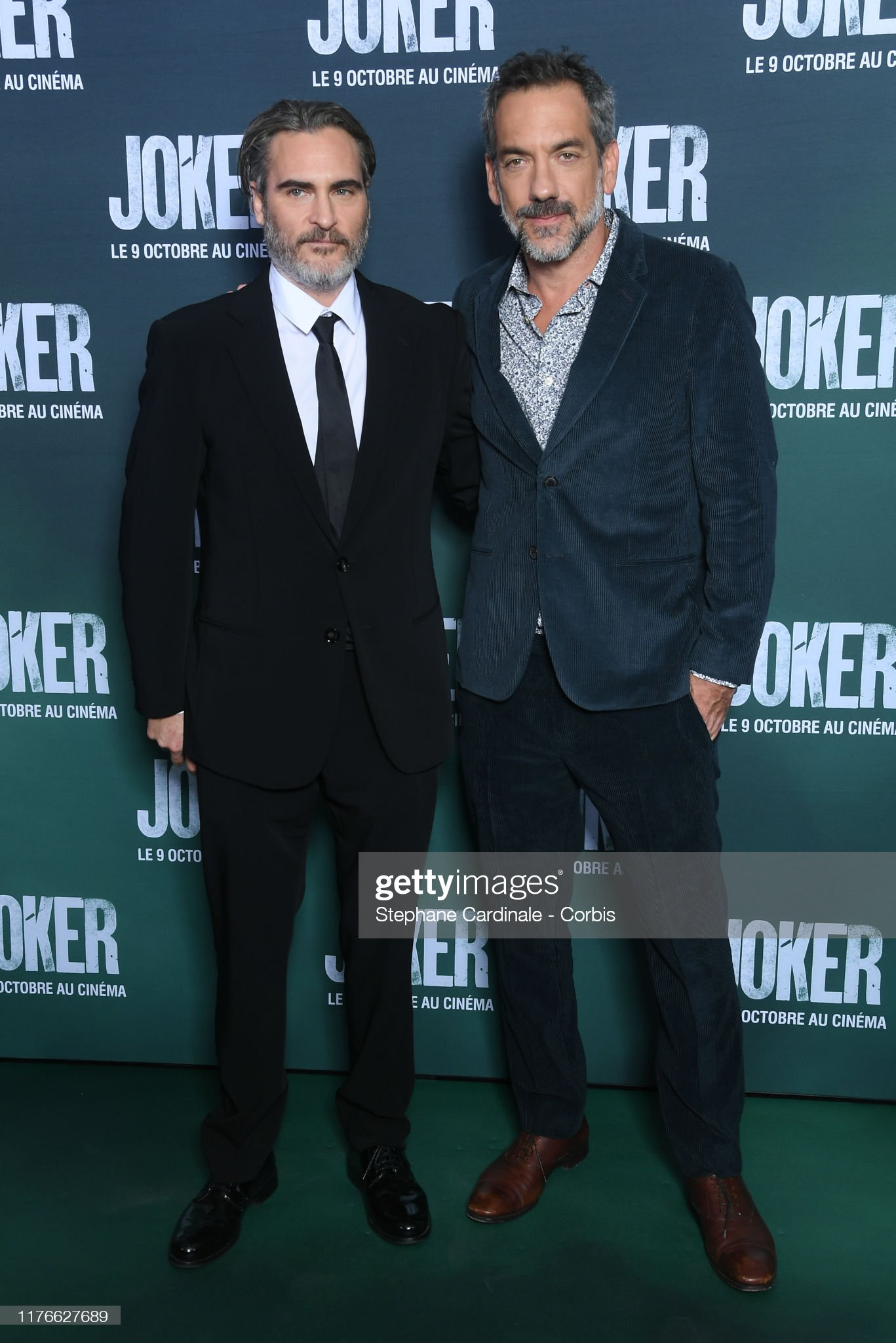 ¿Cuánto mide Joaquin Phoenix? - Altura - Real height Actor-joaquin-phoenix-and-director-todd-phillips-attend-the-joker-at-picture-id1176627689?s=2048x2048