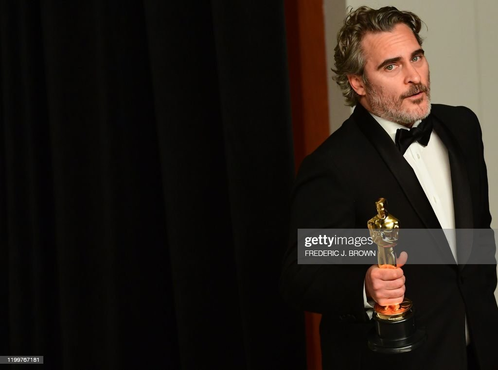 TOPSHOT-US-ENTERTAINMENT-FILM-OSCARS-PRESS ROOM : News Photo