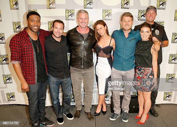 Actor Jocko Sims writer/producer Hank Steinberg actors Eric Dane Rhona Mitra Travis Van Winkle Marissa Neitling and Adam Baldwin attend The Last Ship...