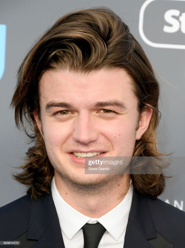 Actor Joe Keery attends The 23rd Annual Critics' Choice Awards at Barker Hangar on January 11, 2018 in Santa Monica, California.