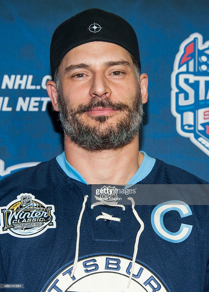 Actor Joe Manganiello arrives at the 2014 Coors Light NHL Stadium Series Los Angeles at Dodger Stadium on January 25, 2014 in Los Angeles, California.