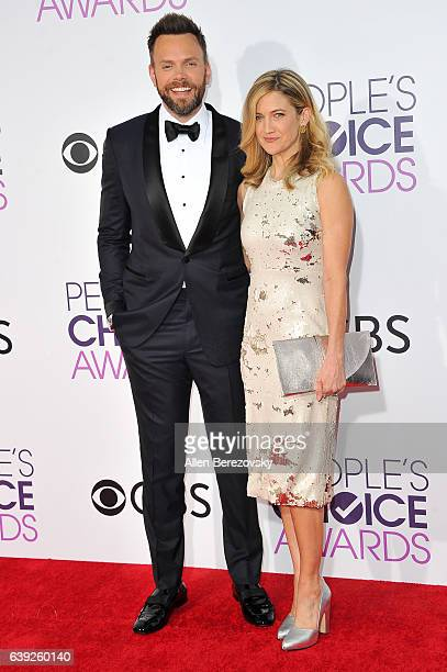 Actor Joel McHale and Sarah Williams arrive at People's Choice Awards 2017 at Microsoft Theater on January 18 2017 in Los Angeles California