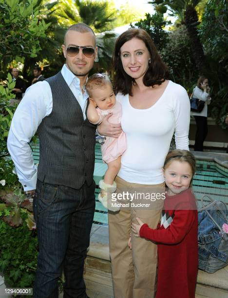 Actor Joey Lawrence daughter Liberty Grace Lawrence wife Chandie YawnNelson and daughter Charli Lawrence attend the March of Dimes Foundation...