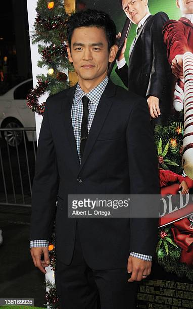 actor john cho attends the a very harold kumar 3d christmas los angeles premiere - Harold And Kumar 3d Christmas